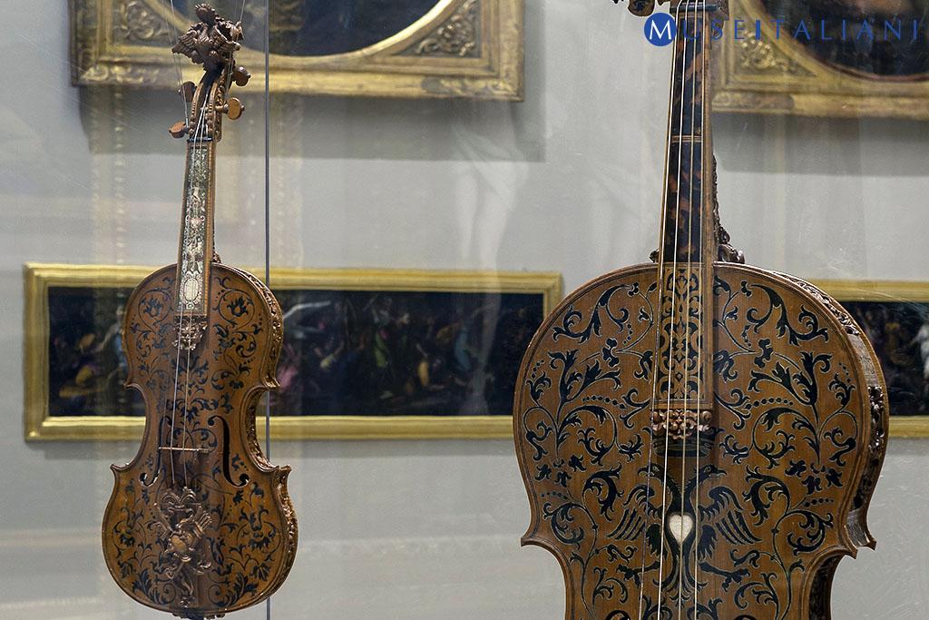 Domenico Galli (Parma, 1649 - 1697) Violoncello e violino